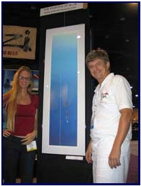 Tanya Streeter in front of Pascal's Freediver painting, pic by P.Mooney